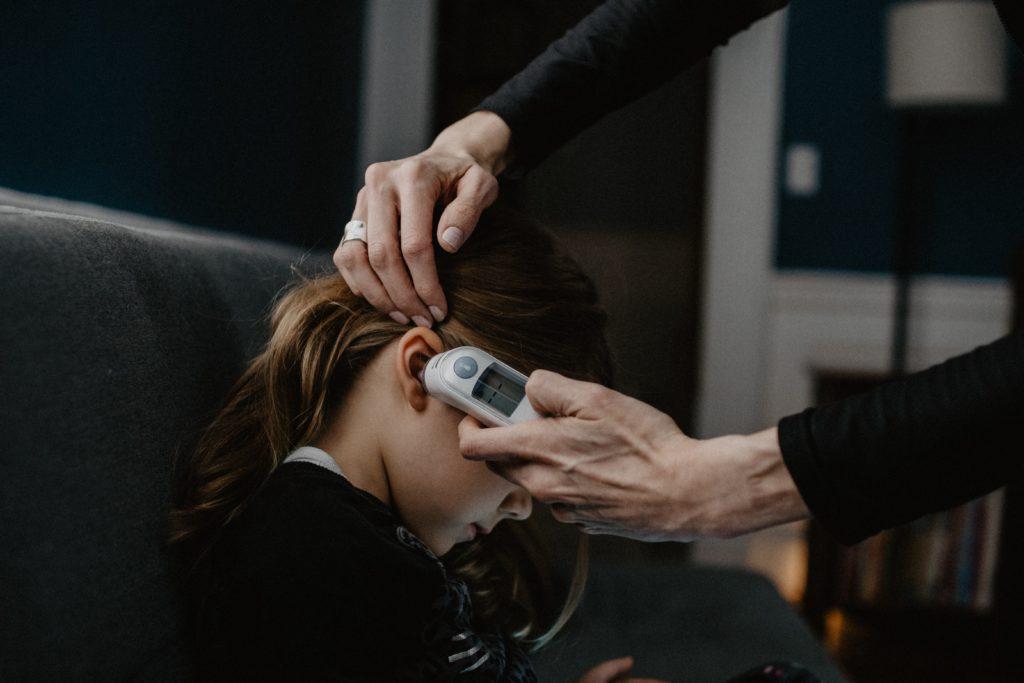 耳式体温計画像