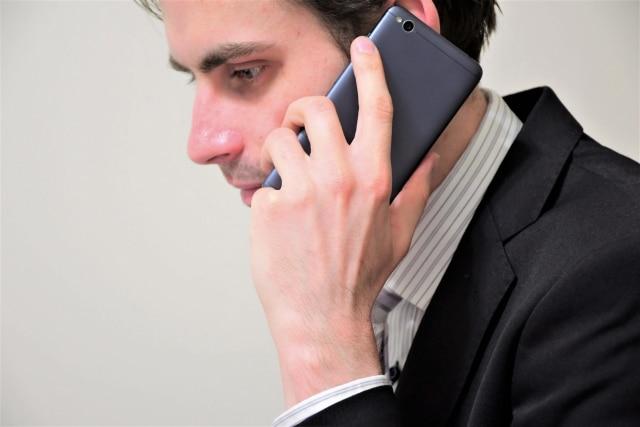 電話する画像